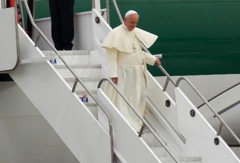 papa-francisco-viagem-avião-viagem-apostólica_Walter-Sanchez-Silva-CNA